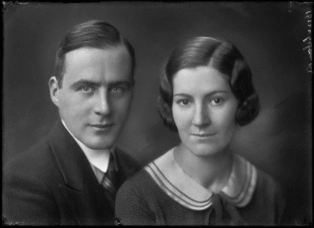 Walter Katharina Laband 1932.jpg